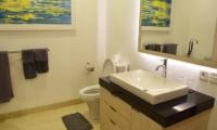 Villa Dewata II Guest Bathroom | Seminyak, Bali