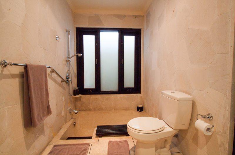 Villa Dewata II Bathroom | Seminyak, Bali