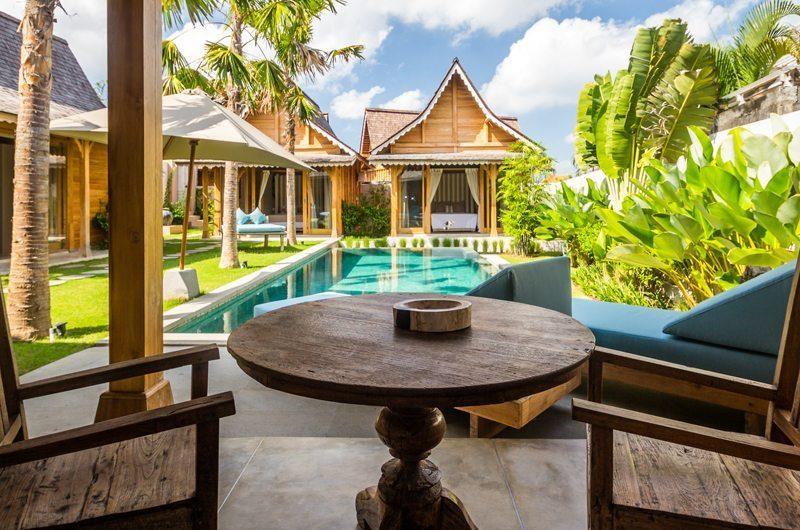 Villa Du Bah Poolside Dining | Kerobokan, Bali