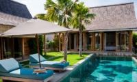 Villa Du Ho Sun Deck | Kerobokan, Bali