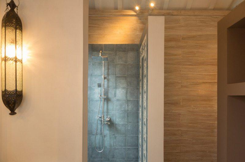 Villa Du Ho Guest Bathroom | Kerobokan, Bali