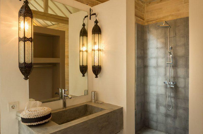 Villa Du Ho En-suite Bathroom | Kerobokan, Bali