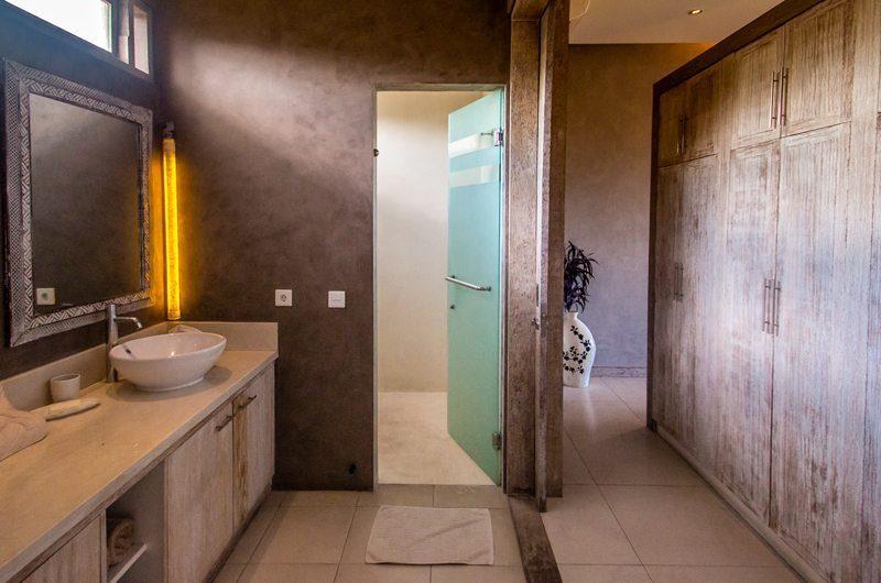 Villa Lisa Guest Bathroom | Seminyak, Bali