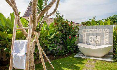 Villa Taramille Outdoor Bathtub | Kerobokan, Bali
