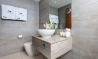 Baan Kuno En-suite Bathroom | Koh Samui, Thailand