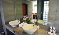 Baan Kuno Bathroom | Koh Samui, Thailand