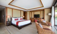 Praana Residence Bedroom with Seating | Bophut, Koh Samui