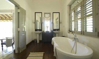 Ivory House Bathtub | Galle, Sri Lanka