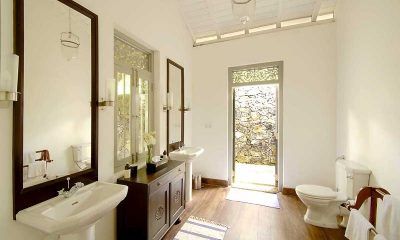 Ivory House Guest Bathroom One | Galle, Sri Lanka