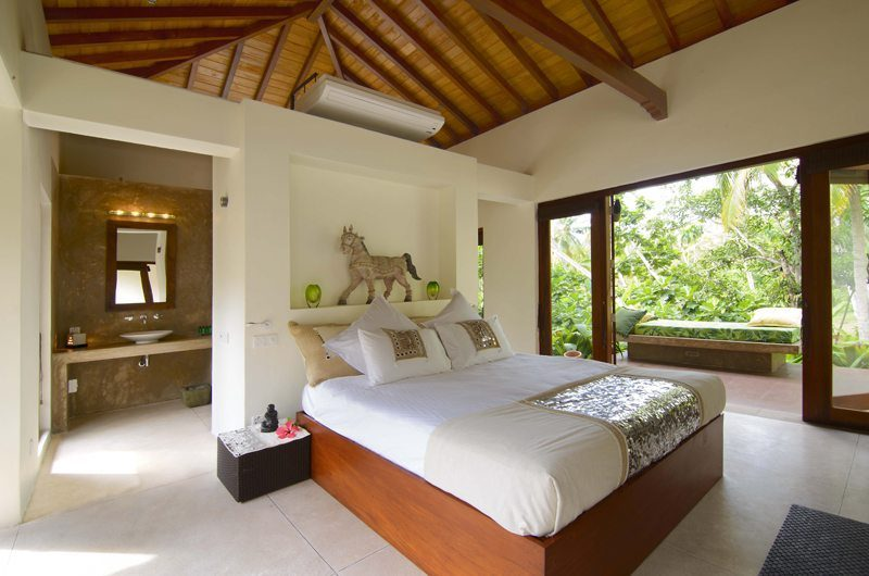 Kumara Master Bedroom | Weligama, Sri Lanka