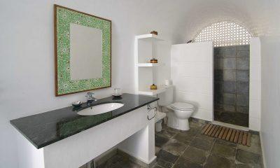 Pointe Sud Bathroom | Mirissa, Sri Lanka