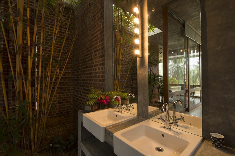 Walatta House En-suite Bathroom | Tangalla, Sri Lanka