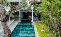 Villa 1880 Swimming Pool Area | Batubelig, Bali