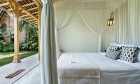 Villa Little Mannao Bedroom with Lamps | Kerobokan, Bali