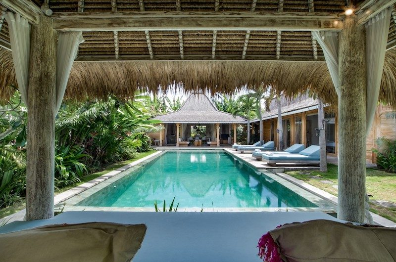 Villa Little Mannao Pool Lounge | Kerobokan, Bali