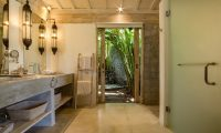 Villa Mannao Open Plan Bathroom Area | Kerobokan, Bali