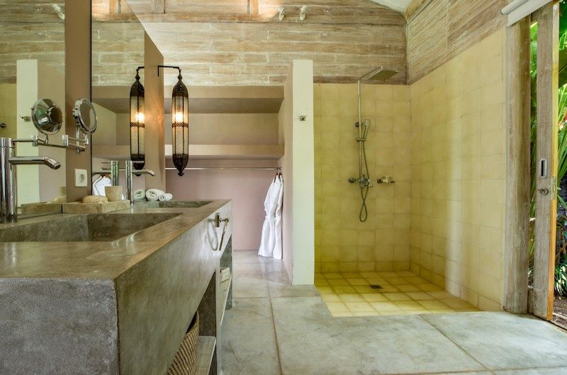 Villa Mannao Bathroom with Shower | Kerobokan, Bali