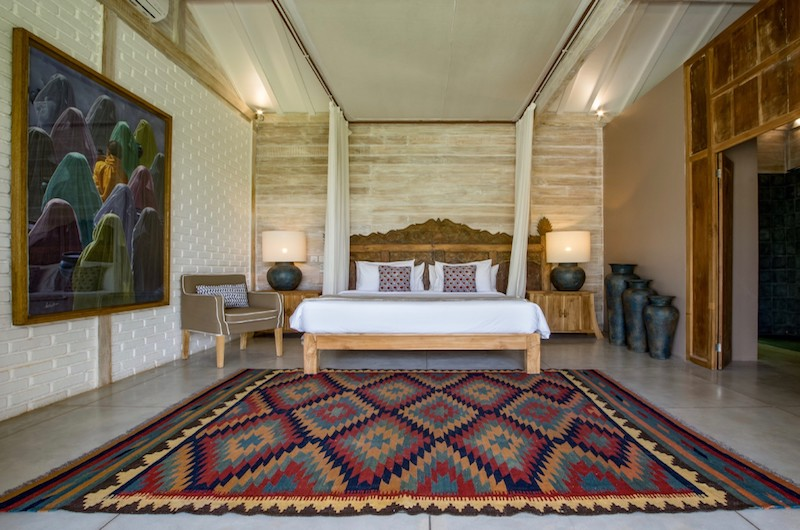 Villa Mannao Bedroom Three with Seating | Kerobokan, Bali