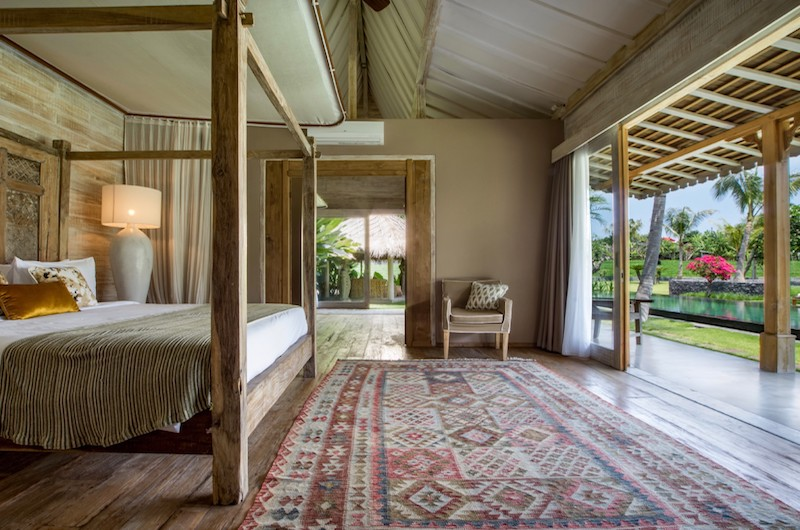 Villa Mannao Bedroom with Seating | Kerobokan, Bali