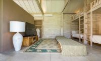 Villa Mannao Bunk Beds with TV | Kerobokan, Bali