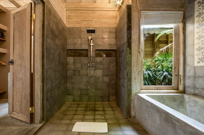 Villa Mannao Estate Bathroom with Shower | Kerobokan, Bali