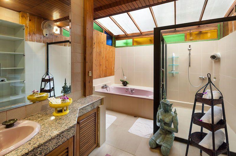 Chiang Mai Luxury Villa Ta Chang Villa Bathtub Area | Chang Wat, Chiang Mai