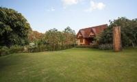 Villa Doi Luang Reserve Lawns   Chiang Mai, Thailand