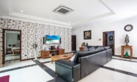 Baan Chatmanee Living Area | Pattaya, Thailand