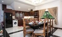 Baan Chatmanee Dining Room | Pattaya, Thailand