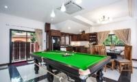 Baan Chatmanee Pool Table | Pattaya, Thailand