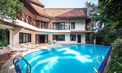 Baan Wat Swimming Pool | Pattaya, Thailand