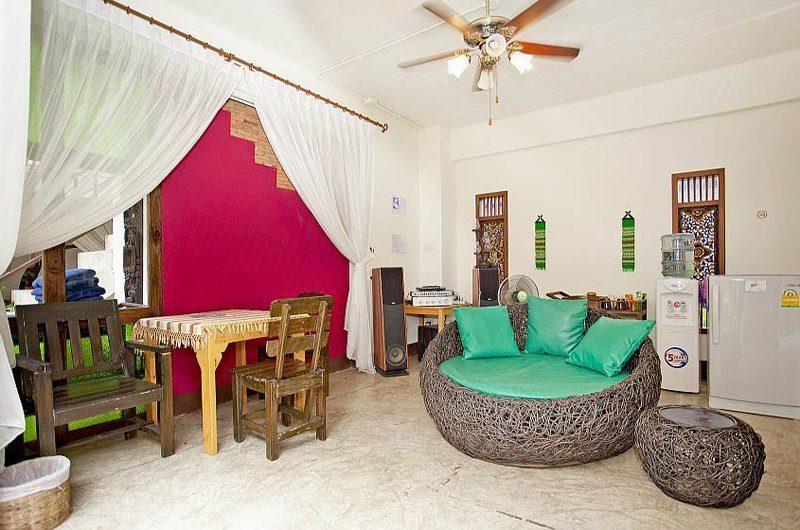 Jomtien Lotus Villa Dining Area | Pattaya, Thailand