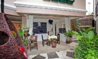 Jomtien Lotus Villa Outdoor Dining | Pattaya, Thailand