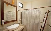 Jomtien Lotus Villa Guest Bathroom | Pattaya, Thailand