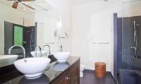 Villa Ploi Jantra En-suite Bathroom | Nai Harn, Phuket