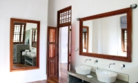 Lassana Kanda En-suite Bathroom | Galle, Sri Lanka
