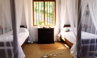 Lassana Kanda Twin Bedroom | Galle, Sri Lanka