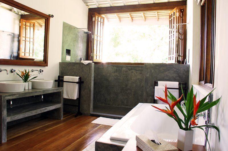 Lassana Kanda Bathroom | Galle, Sri Lanka
