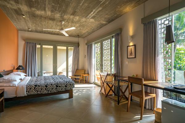 Talalla House Spacious Master Bedroom | Talalla, Sri Lanka