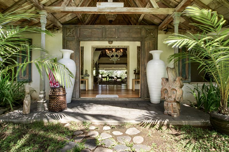 Villa Galante Entrance   Umalas, Bali