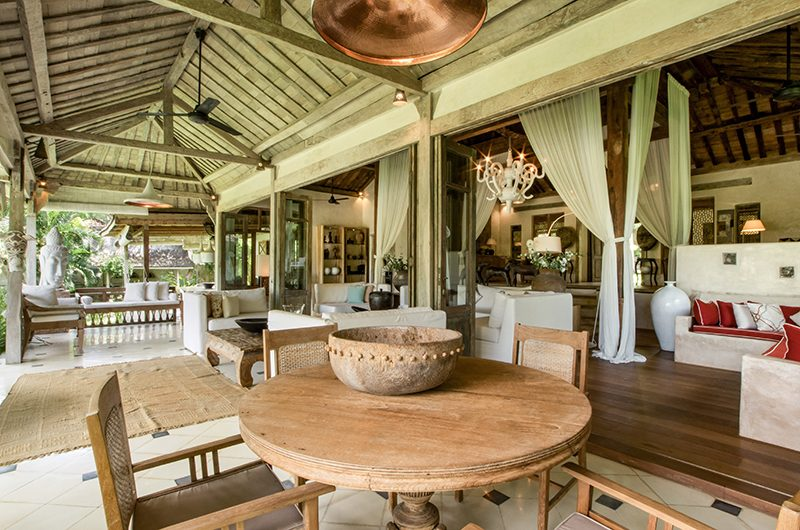 Villa Galante Dining Table | Umalas, Bali