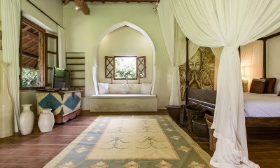 Villa Galante Bedroom with Seating | Umalas, Bali