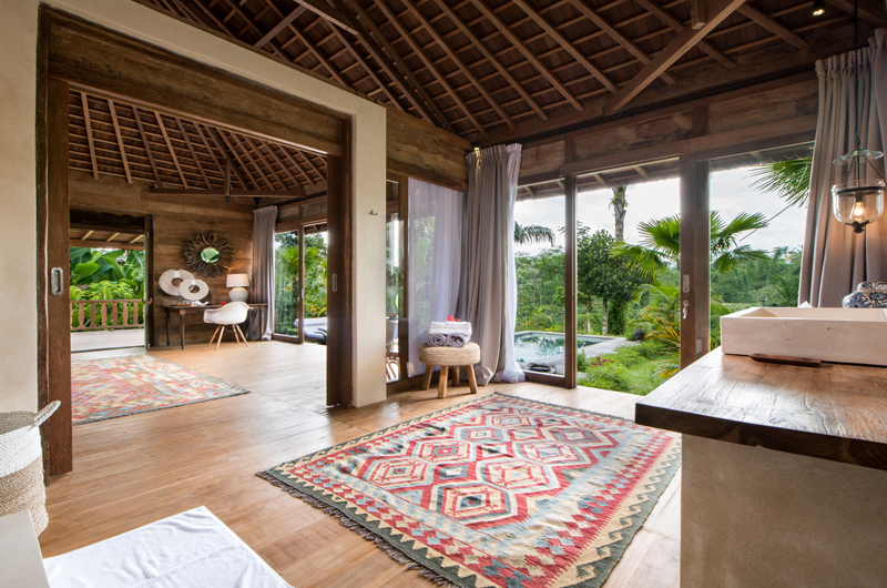 Villa Nag Shampa En-suite Bathroom Eight | Ubud Payangan, Bali
