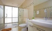 Jomtien Waree 8 Bathroom Two | Pattaya, Thailand