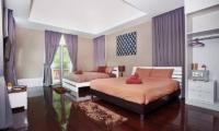 Jomtien Waree 8 Twin Room | Pattaya, Thailand