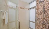 Jomtien Waree 8 Bathroom One | Pattaya, Thailand