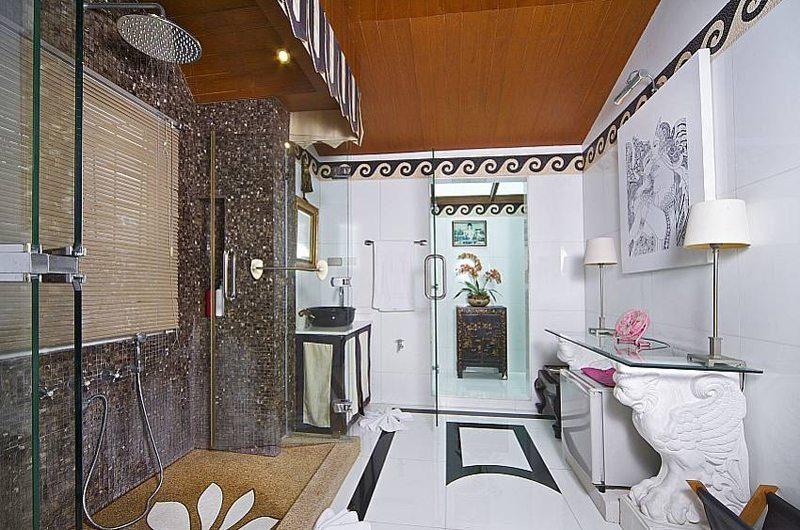 Villa Haven Master Bathroom   Pattaya, Thailand