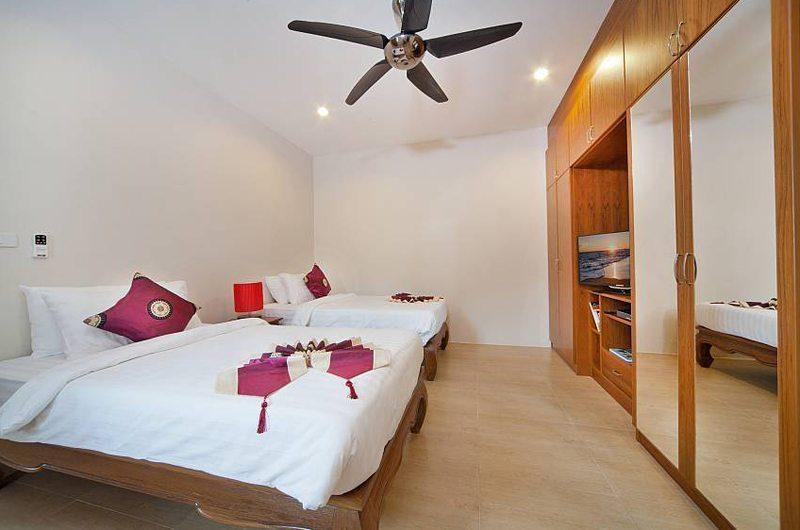 Patong Hill Estate Seven Twin Room | Phuket, Thailand