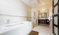 Villa Hin Fa Bathroom | Phuket, Thailand
