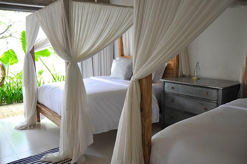 Santai Beach House Twin Bedroom | Canggu, Bali